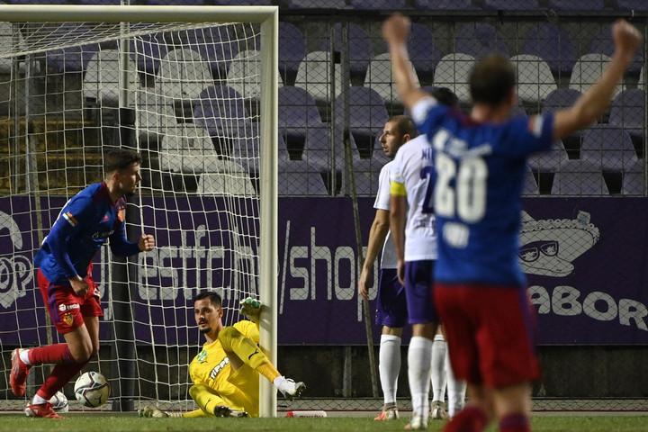 Hiába szerzett vezetést az Újpest, 2-1-re kikapott az FC Baseltől