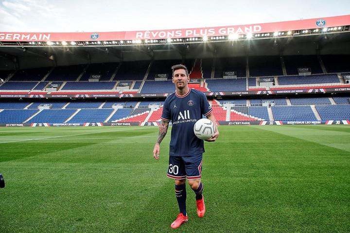 Messi először edzett a PSG-ben, de a hónap végéig nem mutatkozik be