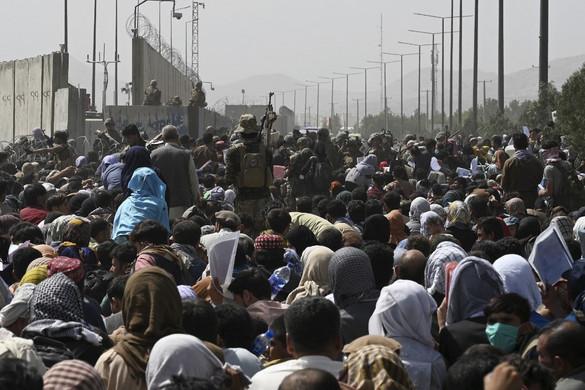 Uniós biztos: Meg kell akadályozni újabb migrációs válság kialakulását