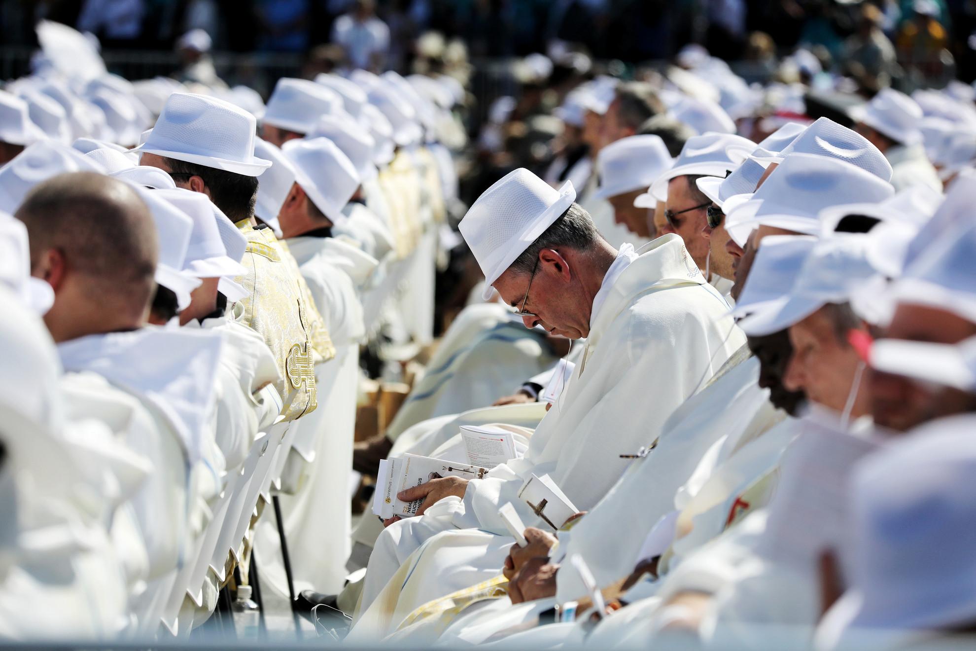Egyházi személyek Ferenc pápa miséjén 2021. szeptember 12-én