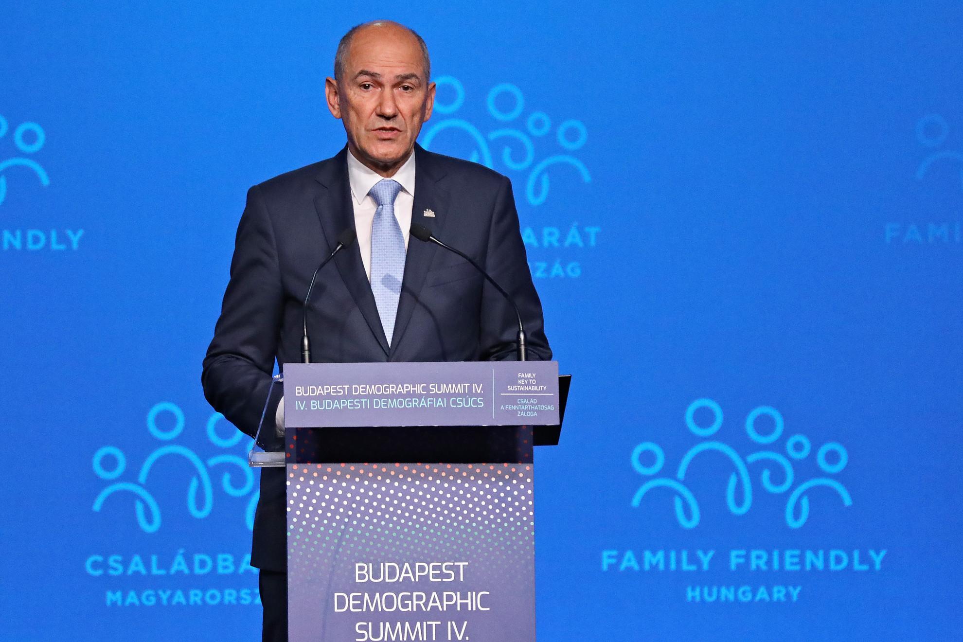 Janez Jansa szlovén miniszterelnök a IV. Budapesti Demográfiai Csúcson a Várkert Bazárban 2021. szeptember 23-án
