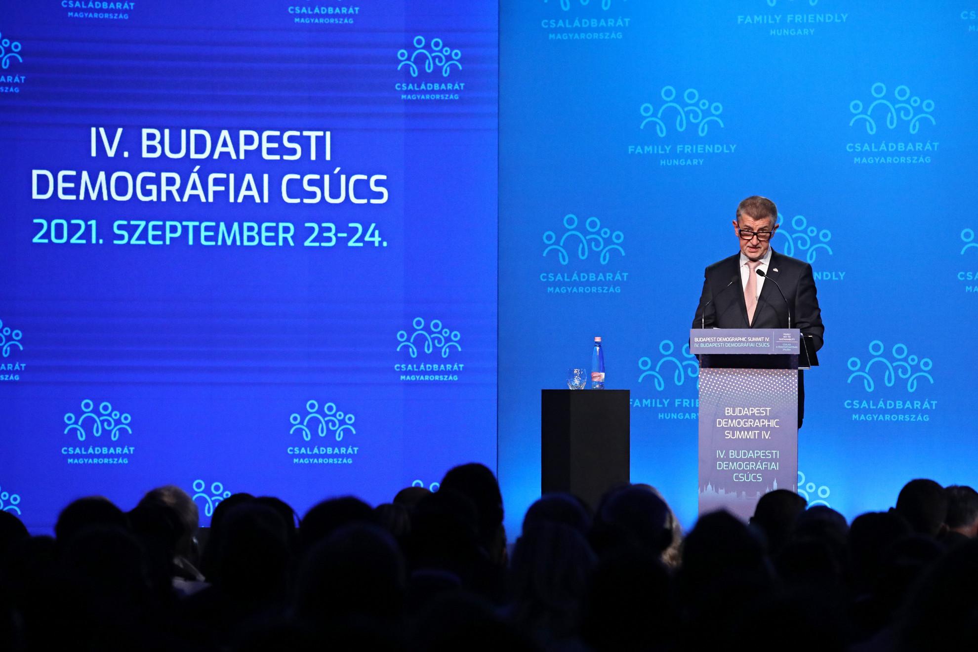Andrej Babis cseh miniszterelnök a IV. Budapesti Demográfiai Csúcson a Várkert Bazárban 2021. szeptember 23-án