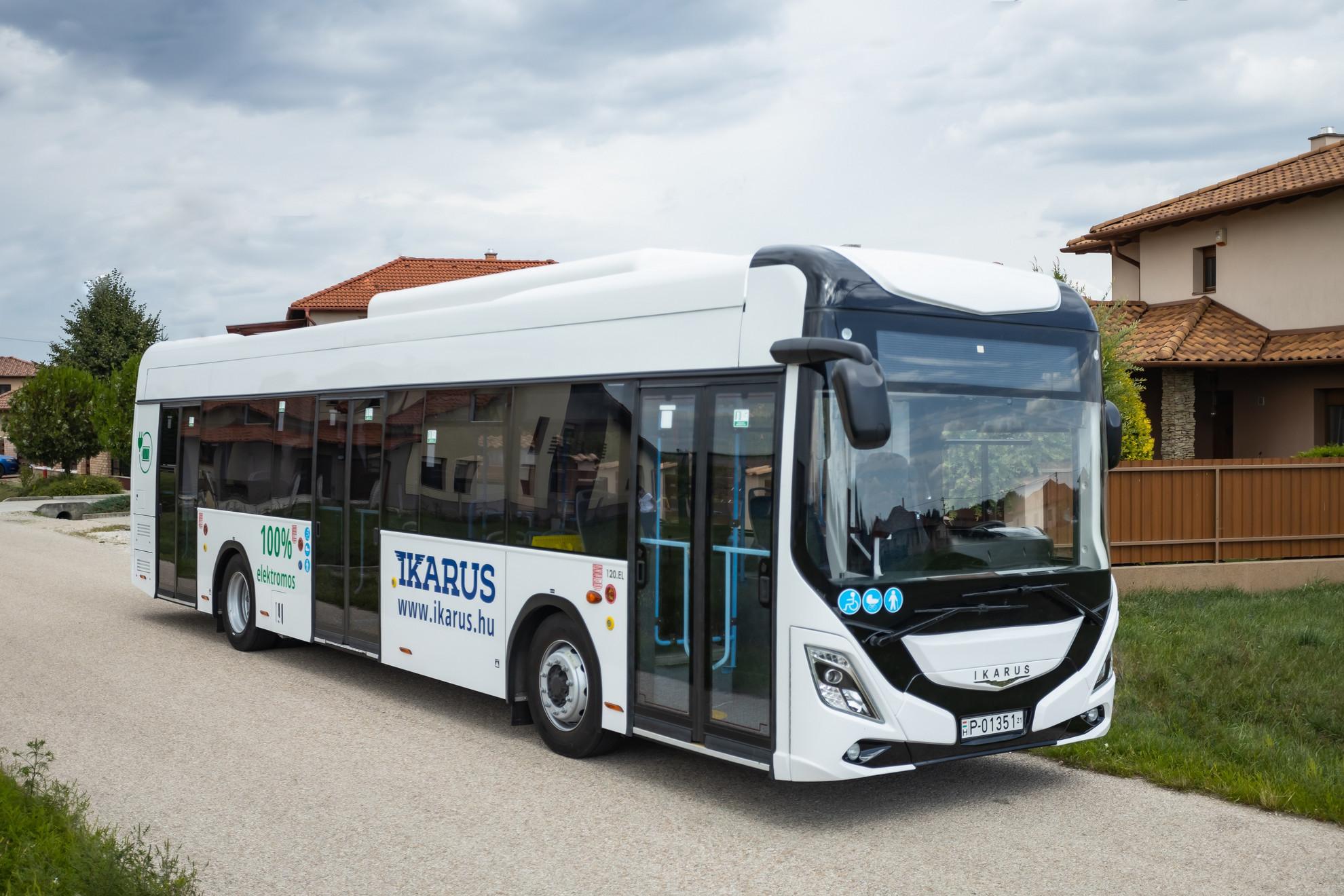 Az Ikarus 120e az első Magyarországon tervezett és gyártott, európai típusengedéllyel rendelkező, tisztán elektromos városi autóbusz