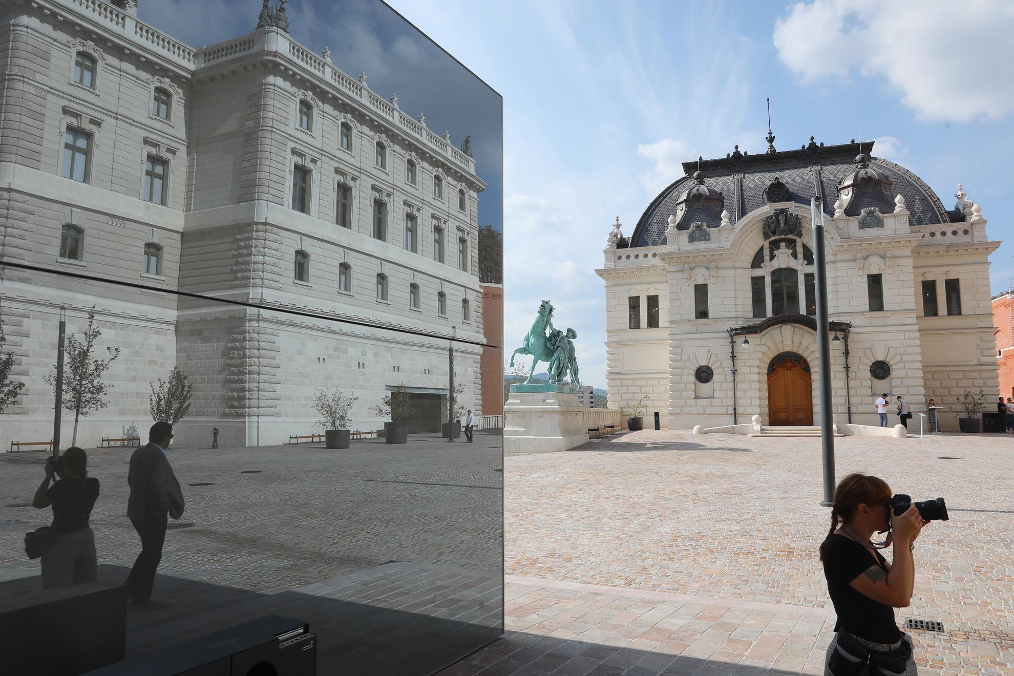 Határidő előtt elkészült a budavári Királyi Lovarda, a Stöckl-lépcső és a Csikós-udvar nagyobb részének rekonstrukciója