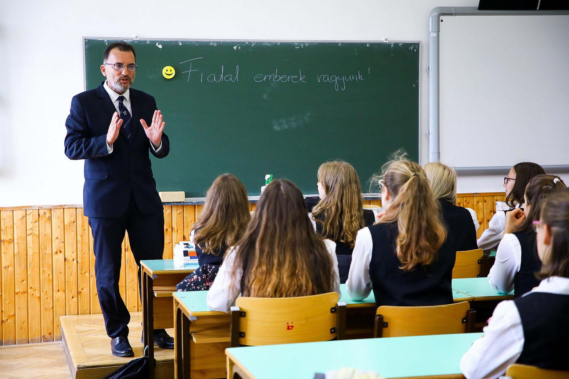 A 2021/2022-es tanév kezdete a Budai Ciszterci Szent Imre Gimnáziumban 2021. szeptember 1-jén