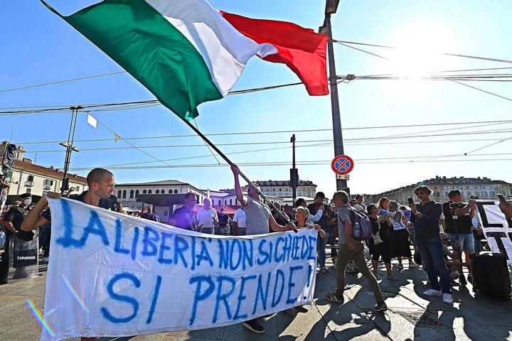 Zöld kártya híján nincs fizetés Olaszországban