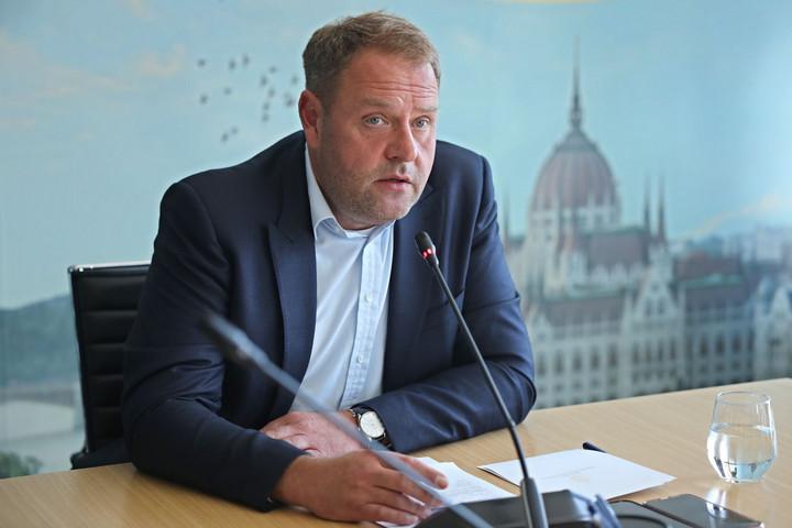 Guller Zoltán: Újabb turisztikai szektorok csatlakoznak az adatszolgáltató központhoz