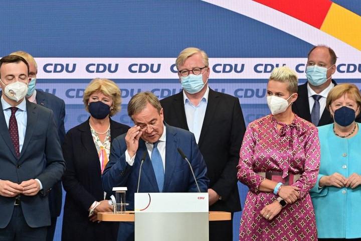 Exit poll: Fej-fej mellett a szociáldemokraták és a kereszténydemokraták Németországban