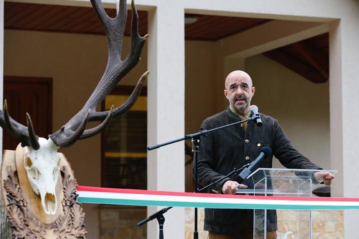 Parkot avattak a magyar vadászrajzművészet egyik legmarkánsabb alakjának tiszteletére