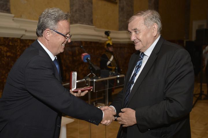 Átadták a 2020-as és 2021-es Vasvári-díjakat