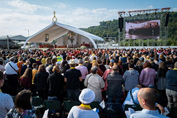 Ferenc pápa a kereszt jelentőségéről beszélt az eperjesi liturgián