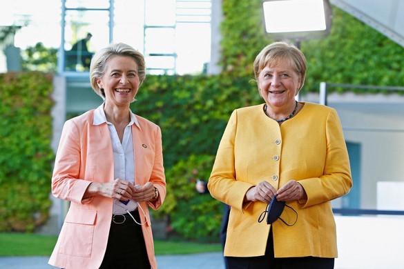 Merkel helyére pályázik Macron Európában