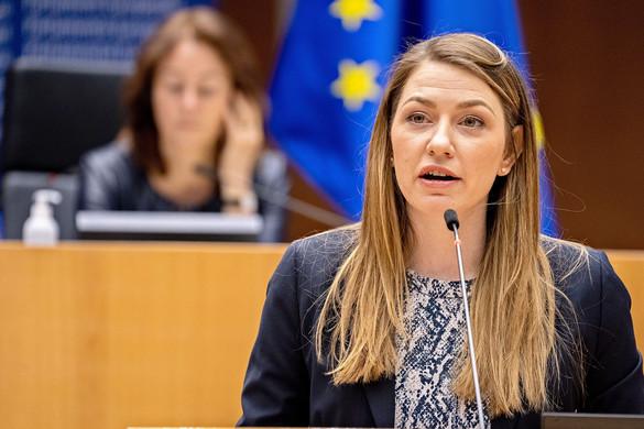 Újabb nyomásgyakorlás készül Brüsszelben