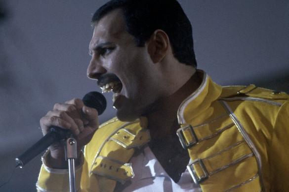 Egy bohém zseni rapszódiája: Hetvenöt éve született Freddie Mercury