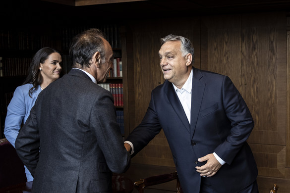 Világhírű filozófussal találkozott Orbán Viktor