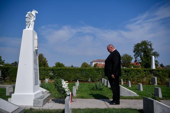 Németh Szilárd: Feladatunk a méltó emlékezés az elesett katonáinkra