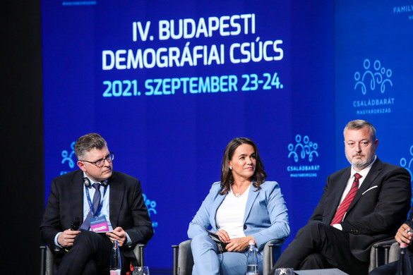 A családpolitikában bevált jó gyakorlatokról beszéltek miniszterek