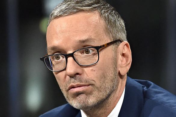 Együttműködne hazánkkal a migráció megállítása érdekében az FPÖ