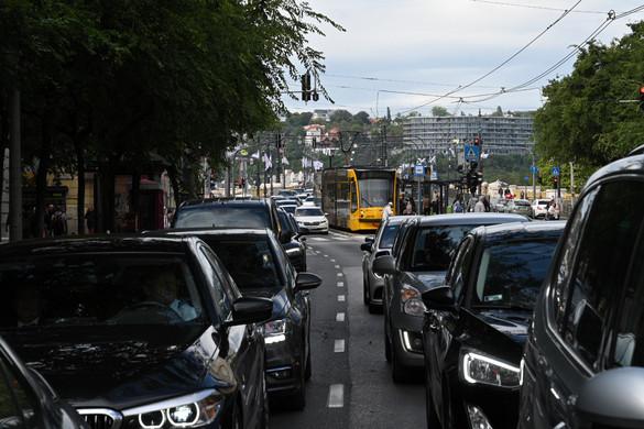Közlekedési káosszal indult az új tanév Budapesten