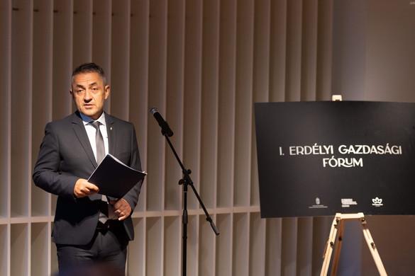 """""""A kárpát-medencei magyar vállalkozások támogatása a szülőföldön maradást ösztönzi"""""""