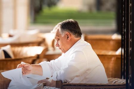 Kávészünetet tartott Orbán Viktor