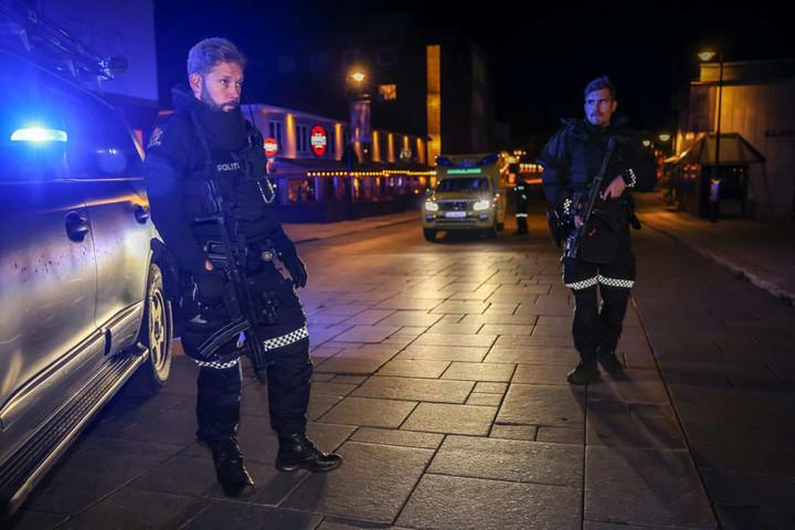 Norvég belbiztonsági hivatal: Valószínűleg terrortámadás volt a kongsbergi ámokfutás