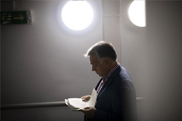 Orbán Viktor levélben gratulált az új osztrák kancellárnak
