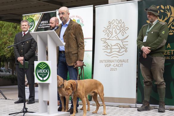 Már több mint félmillióan ellátogattak a vadászati világkiállítás központi helyszínére