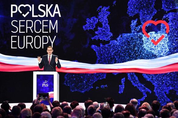 """Morawiecki: A """"Polexit"""" egy káros mítosz"""