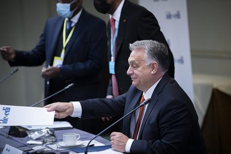 A miniszterelnök <br>a CDI ülésén vesz részt