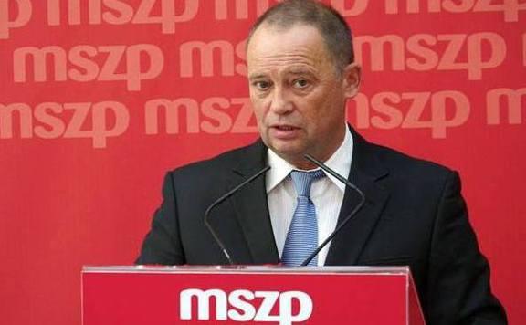Fidesz: Az MSZP több százezer család otthonát sodorta veszélybe