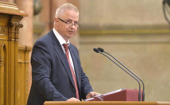 Tócsányi László