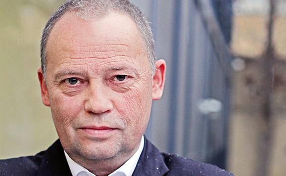 Új baloldali mozgalmat indít Szanyi Tibor
