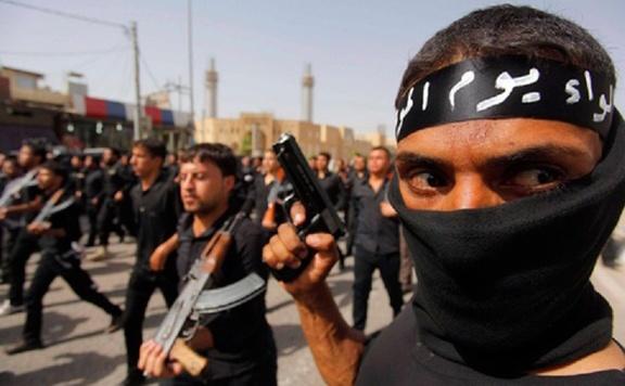 Börtönbüntetésre ítélték az Iszlám Állam két tagját Hollandiában