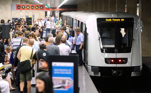Beismerés esetére felfüggesztettet javasolt az ügyész az Alstom-ügyben