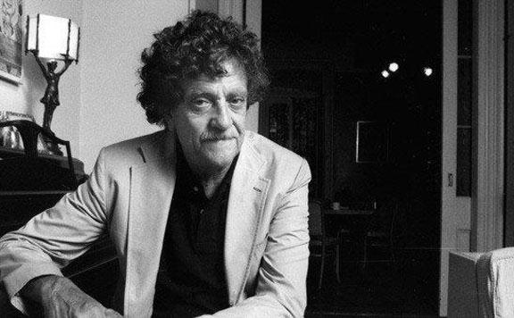 Állandó múzeuma lesz Kurt Vonnegutnak Indianapolisban