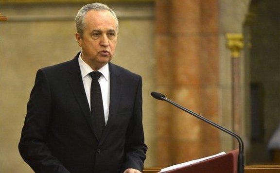 A visegrádi országok elutasították migránsok szétosztásáról szóló nyilatkozatot