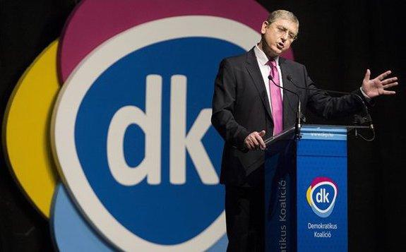 Fidesz: Álhírt terjeszt a DK egy törvényjavaslatról