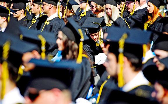 Már több mint százezer új diplomást hozott a nyelvvizsgamentesség