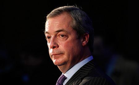 Visszavonul <br>a pártpolitikától Farage