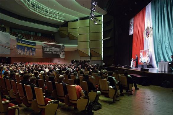 Válságban a Jobbik a Nézőpont szerint