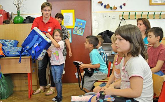 A Rákóczi Szövetség 9000 iskolakezdőt köszönt
