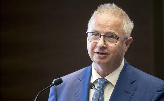 Trócsányi: Az EU szerkezetét és az európai társadalmakhoz való viszonyát is érinti a voksolás
