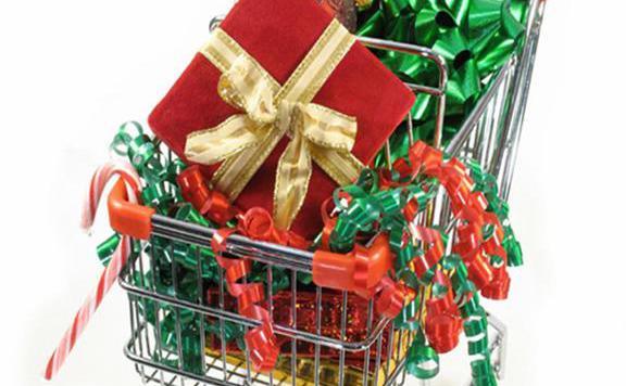Közel 50 ezer forintot szánnak idén karácsonyi ajándékra a netezők