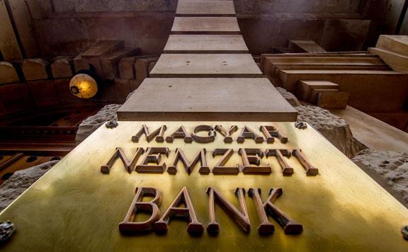 Több mint 2200 milliárd forintot igényeltek vállalkozások az Nhp Hajrában