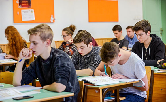 Egyre népszerűbb az iskolákban a pénzügyi nevelés