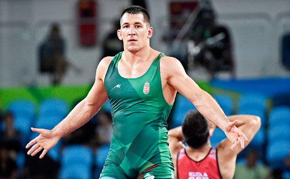 Birkózás: Lőrincz Viktor elődöntős a vb-n, kvótát szerzett a tokiói olimpiára