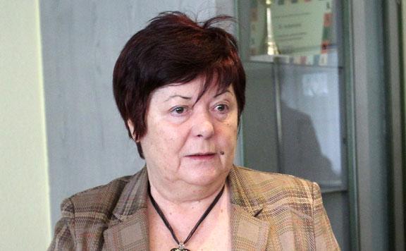 Nyugdíjba vonul Pálffy Ilona