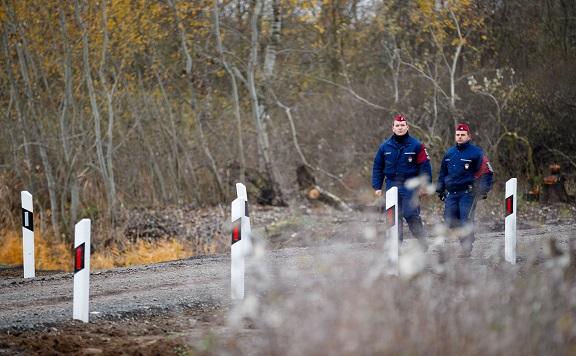 A szerb-horvát-magyar hármas határ térségében extrém módon megnőtt az illegális határsértések száma