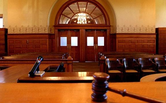 Felfüggesztettet kapott a sólyi gyerekgyilkos apja rágalmazás és zaklatás miatt